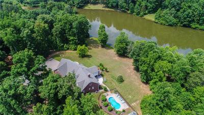 Powhatan County Single Family Home For Sale: 2547 Liberty Hill Road