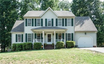 Chesterfield Single Family Home For Sale: 7849 Falling Hill Terrace