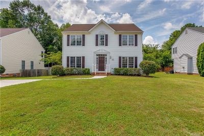 Glen Allen Single Family Home For Sale: 9520 Hungary Woods Drive