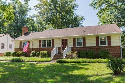 Richmond Single Family Home For Sale: 909 Ironington Road