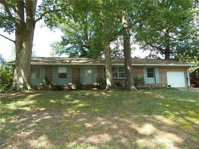 Colonial Heights Single Family Home For Sale: 210 Homestead Drive