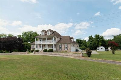 Single Family Home For Sale: 811 Jordan Point Road