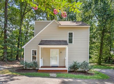 Midlothian Single Family Home For Sale: 3111 Woodsong Drive