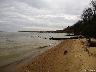 Middlesex County Land For Sale: Pirates Bluff