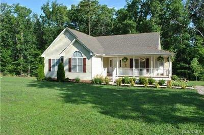 Louisa Single Family Home For Sale: 362 Yanceyville Road
