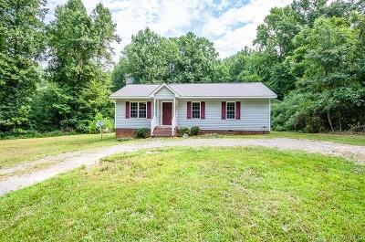 New Kent Single Family Home For Sale: 9521 Old Church Road