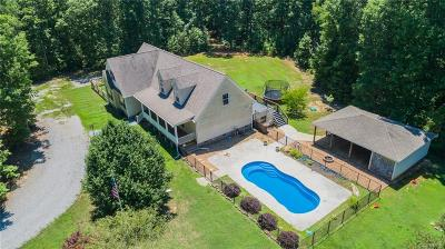 Dinwiddie County Single Family Home For Sale: 16184 Glebe Road