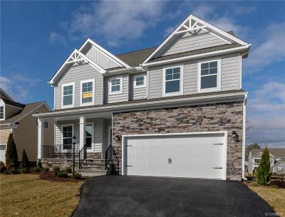 Chesterfield County Single Family Home For Sale: 5901 Sterlingworth Drive