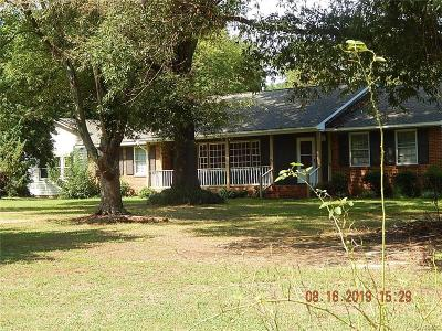 Single Family Home For Sale: 1401 Turner Road