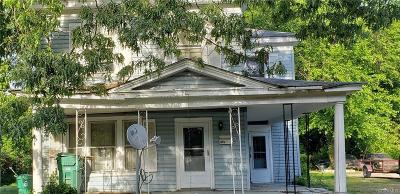 Single Family Home For Sale: 315 Webster