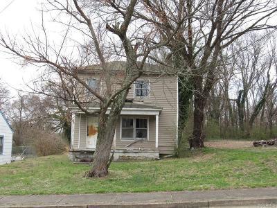 Petersburg Single Family Home For Sale: 515 Pegram Street