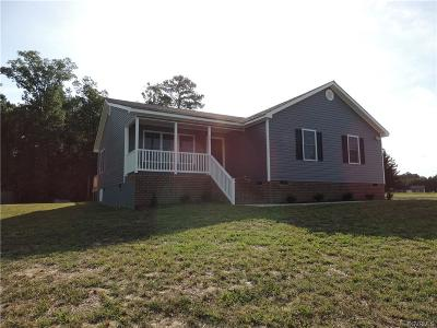 Dinwiddie Single Family Home For Sale: 4016 Moss Point Drive