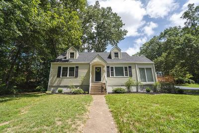 Chester Single Family Home For Sale: 11517 Cliff Lawn Drive