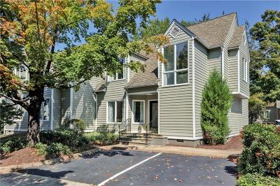 Condo/Townhouse For Sale: 8131 Greystone East Circle