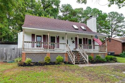 Chesterfield Single Family Home For Sale: 10718 Poachers Court