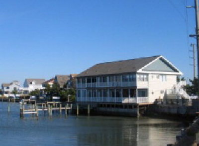 Chincoteague VA Single Family Home Under Contract/Continue To Sho: $120,000