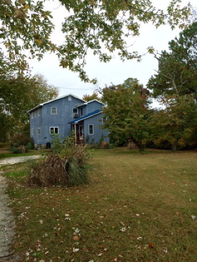 Chincoteague VA Single Family Home For Sale: $249,000