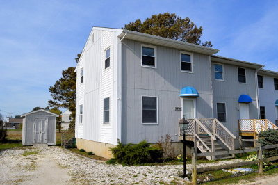 Chincoteague VA Single Family Home Under Contract/Continue To Sho: $139,000