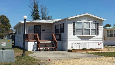Chincoteague VA Single Family Home For Sale: $109,000