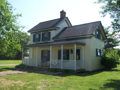 Harborton VA Single Family Home For Sale: $179,000