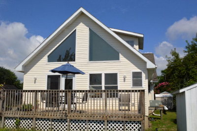 Chincoteague VA Single Family Home For Sale: $205,000