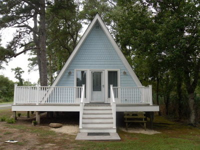 Chincoteague VA Single Family Home For Sale: $189,900