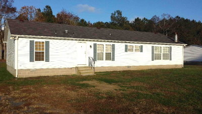Bloxom VA Single Family Home Under Contract/Continue To Sho: $79,900