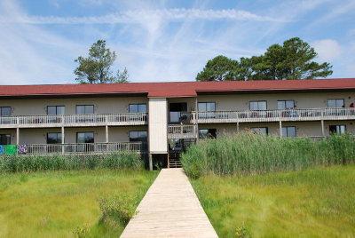 Chincoteague Single Family Home For Sale: 6570-209 Coach's Lane