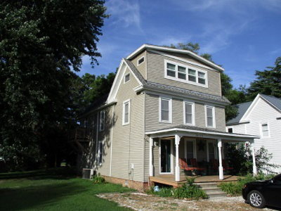 Parksley VA Single Family Home For Sale: $146,000