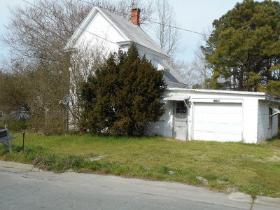 Northampton County, Accomack County Single Family Home Under Contract/Continue To Sho: 27405 Marshall St