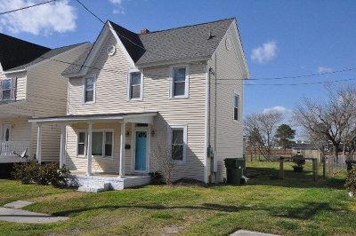 Cape Charles VA Single Family Home Under Contract/Continue To Sho: $220,900