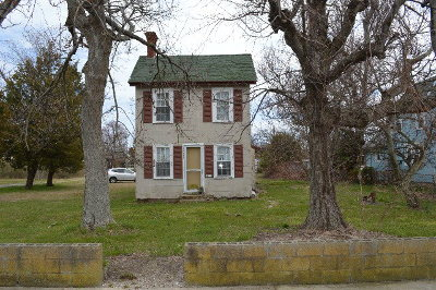 Northampton County, Accomack County Single Family Home For Sale: 3492 Main St