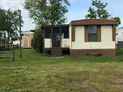 Chincoteague VA Single Family Home For Sale: $49,900