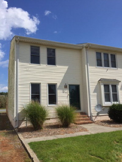 Chincoteague VA Single Family Home For Sale: $149,000