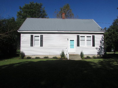 Single Family Home For Sale: 21402 Southside Rd