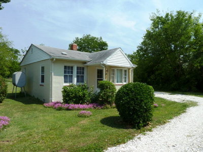 Cape Charles Single Family Home Under Contract/Continue To Sho: 3291 Rose Lane