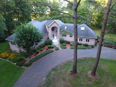 Cape Charles Single Family Home For Sale: 1723 Sand Hill Dr