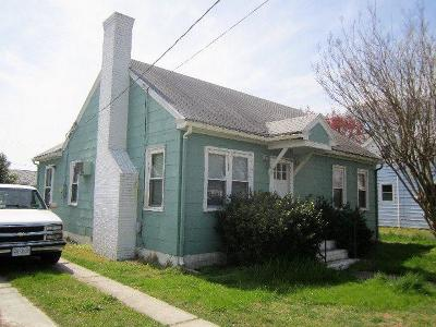 Chincoteague Single Family Home Under Contract/Continue To Sho: 6146 Maddox Blvd