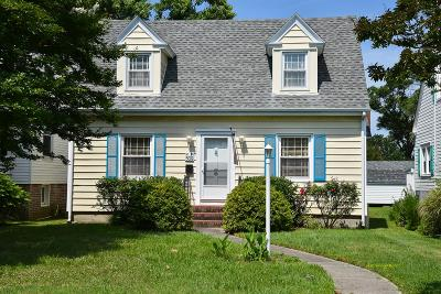 Cape Charles Single Family Home Under Contract/Continue To Sho: 509 Harbor Ave