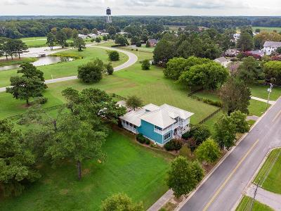 Cape Charles Single Family Home Under Contract/Continue To Sho: 500 Fig St