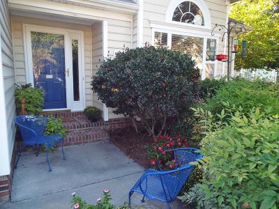 Cape Charles Single Family Home Under Contract/Continue To Sho: 203 Churchill Downs