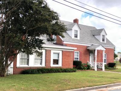 Northampton County Single Family Home For Sale: 300 Strawberry St