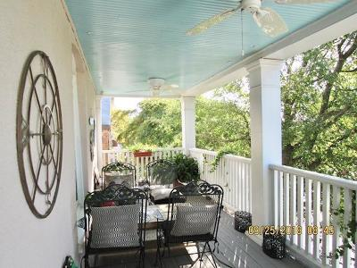 Single Family Home Under Contract/Continue To Sho: 117 Mason Ave