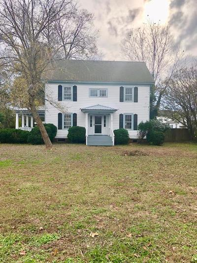 Accomack County Single Family Home For Sale: 62 Kerr St
