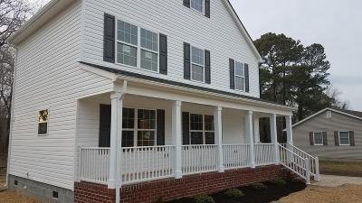 Eastville Single Family Home Under Contract/Continue To Sho: 15492 Church St