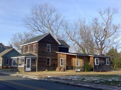 Chincoteague Single Family Home Under Contract/Continue To Sho: 6281 Church St