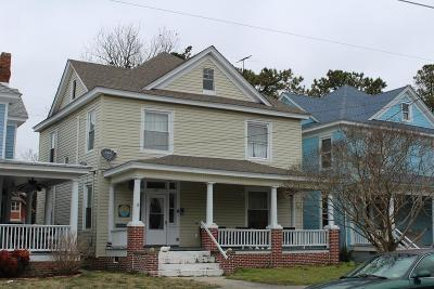 Cape Charles Single Family Home Under Contract/Continue To Sho: 209 Tazewell Ave