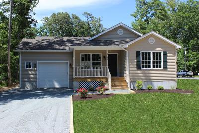 Captains Cove Single Family Home Under Contract/Continue To Sho: 37145 Wheelhouse Dr