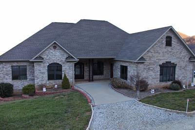 Single Family Home For Sale: 1700 Wagon Trail Road