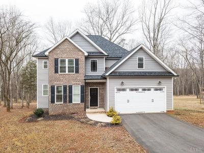 Forest VA Single Family Home For Sale: $359,900